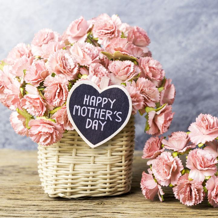 2018年の母の日はいつ?母の日の由来やプレゼント、メッセージについて