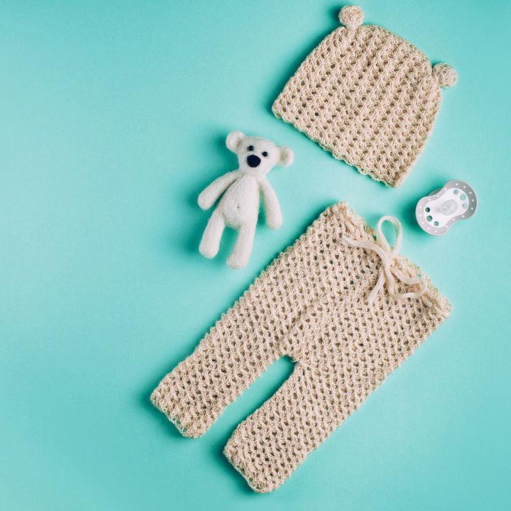 冬のベビー服の選び方や着せ方のポイント。部屋着とお出かけの使い分けは