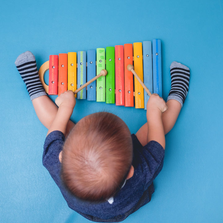 子どもに音楽の習い事は何歳から?音楽教室の種類やピアノの月謝、送迎など