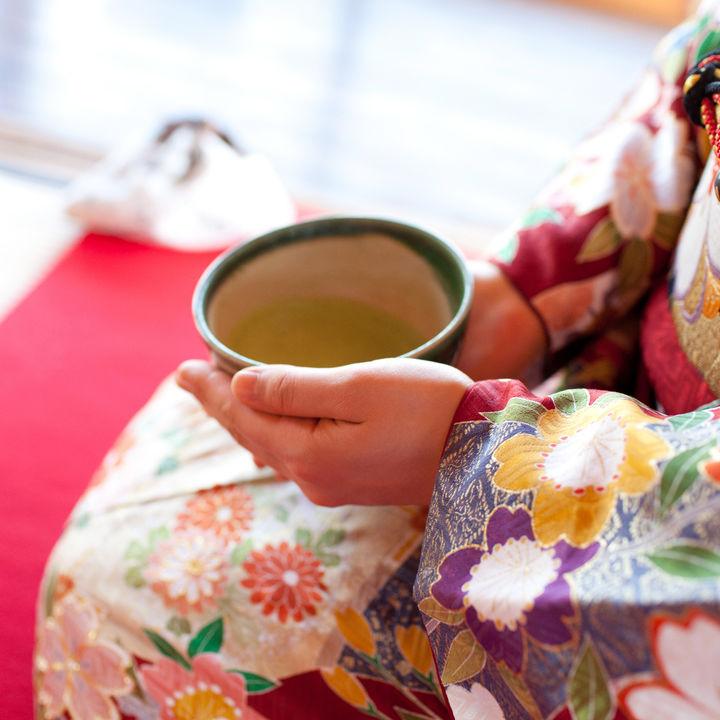子どものお茶の習い事は何歳から?送迎時間や続かないときの対処法など