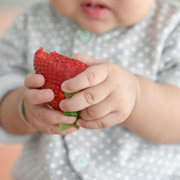 離乳食完了期のいちごを使ったアレンジレシピやママたちの体験談を紹介