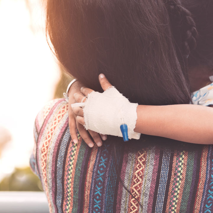 【小児科医監修】子どもの救急、症状別の対応と知っておきたいサービスについて
