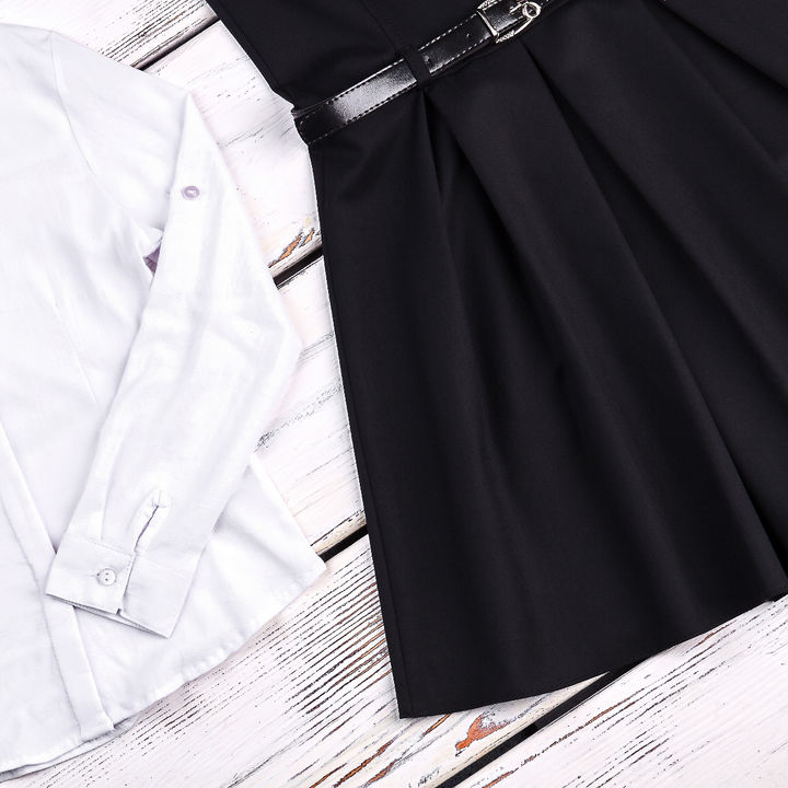 子どもの入園式や卒園式、卒業式用スカート。黒や水玉、白いスカートなど