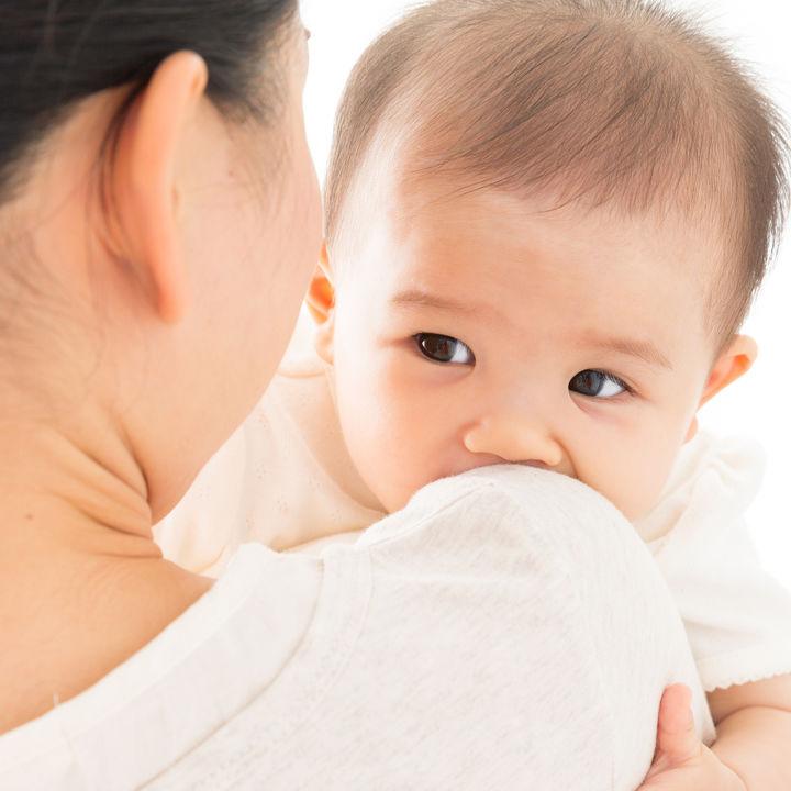 生後4カ月の赤ちゃんの遊び。遊び方や遊ぶ時間、赤ちゃんと行きたい遊び場所