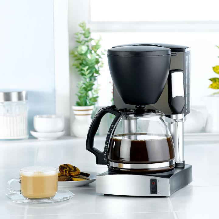 コーヒーメーカーの掃除方法。掃除の手順やあると便利な道具は