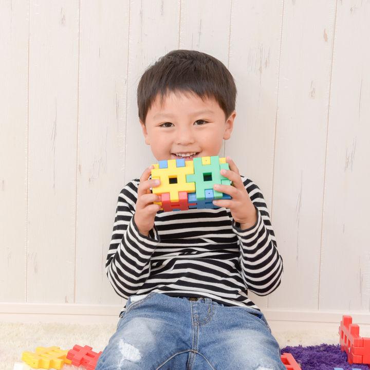4歳の男の子へのプレゼント。1000円以下や5000円以上など価格別のおもちゃ
