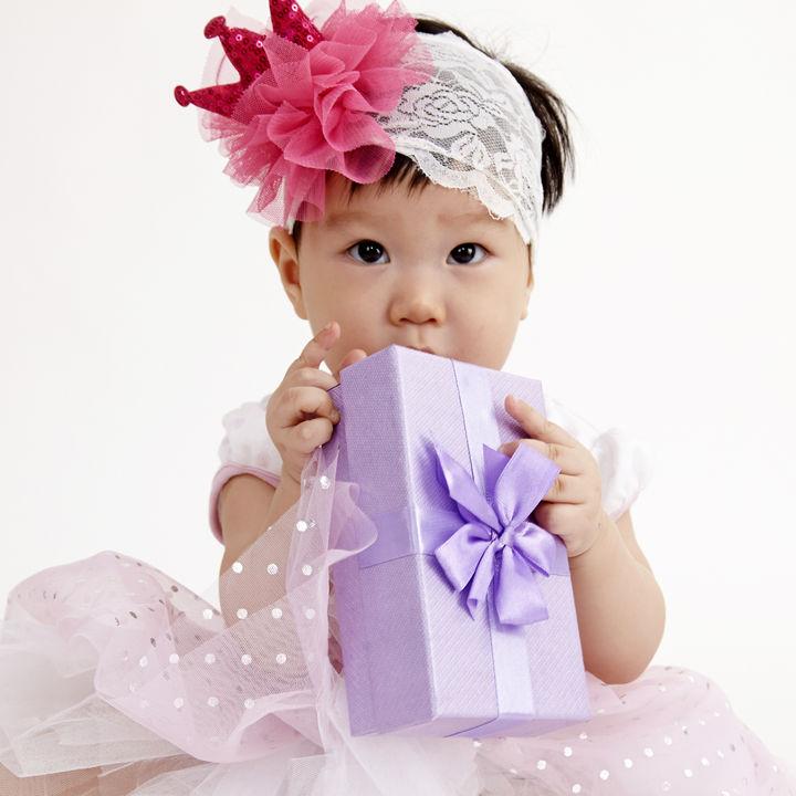 1歳の女の子の赤ちゃんへの誕生日プレゼント。500円から1000円、2000円のおもちゃなど