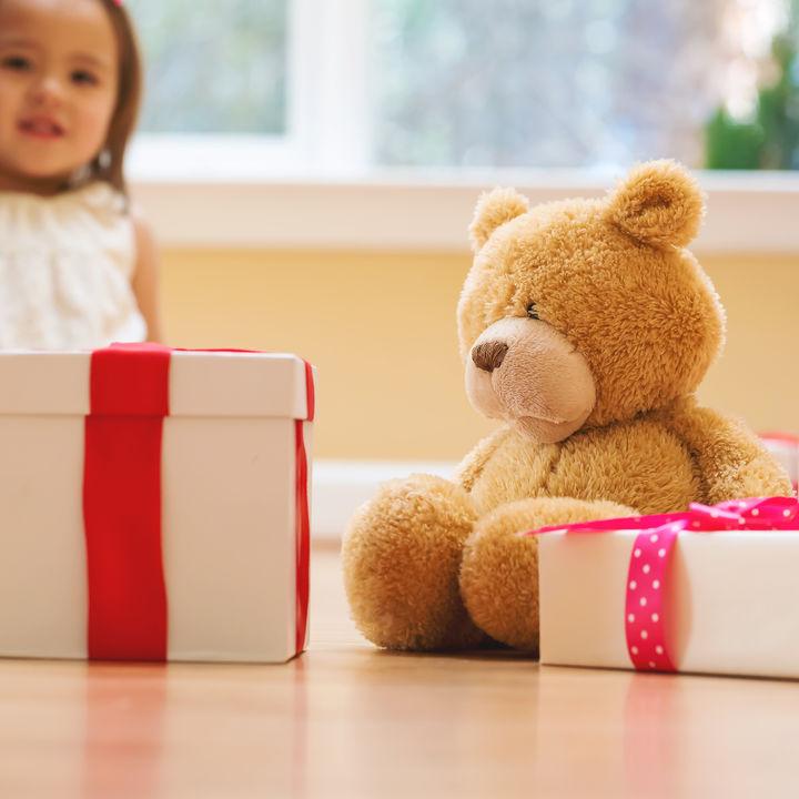 子どもへ贈るぬいぐるみのプレゼント。種類や選び方