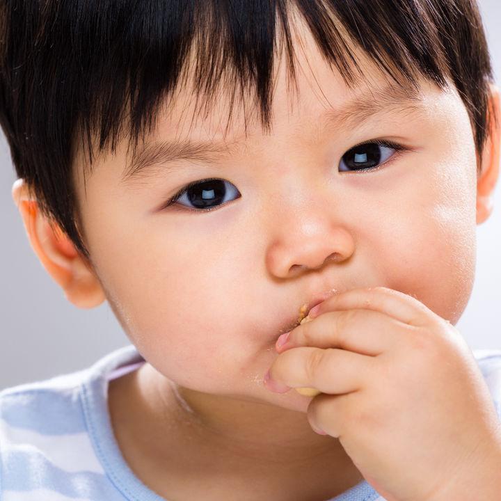生後11カ月のおやつ。ママたちが選んだおやつや簡単レシピ、あげる量やタイミング