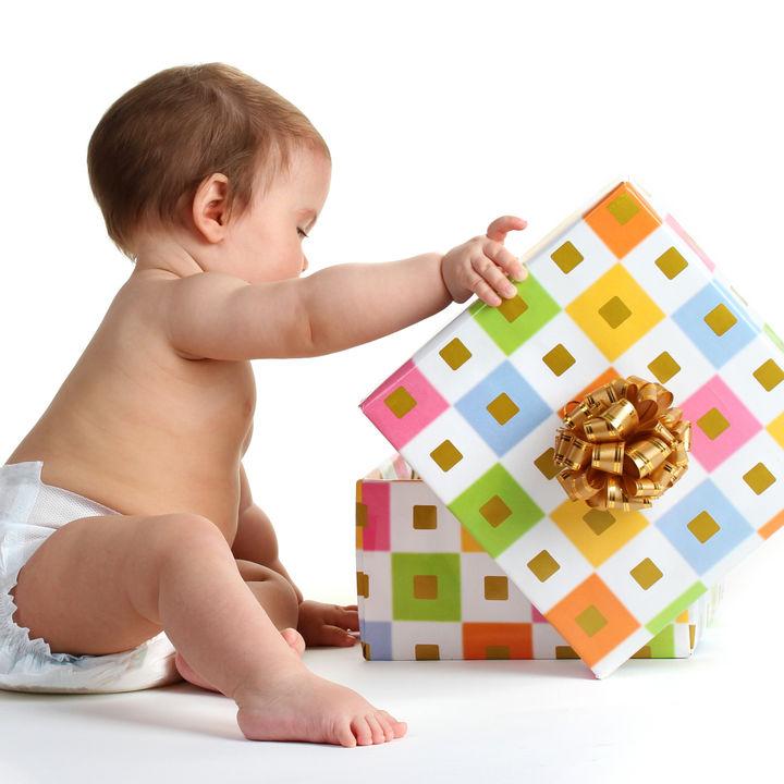 生後2カ月以上の赤ちゃんへのプレゼント。女の子男の子ママがもらって嬉しかったもの
