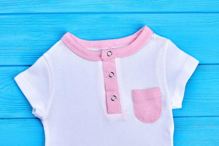 赤ちゃんのTシャツ
