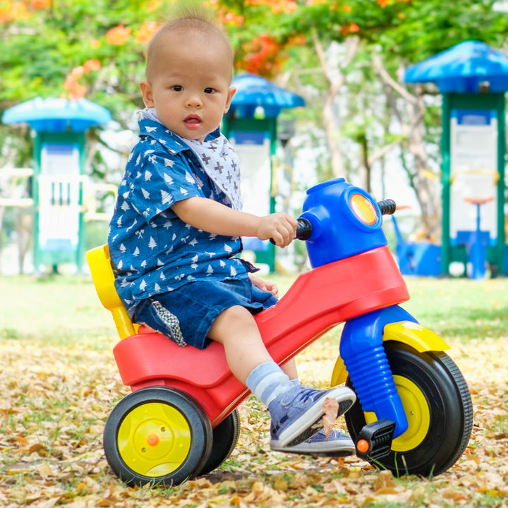 子どもの三輪車はいつから?おしゃれなものや女の子・男の子に使いやすい選び