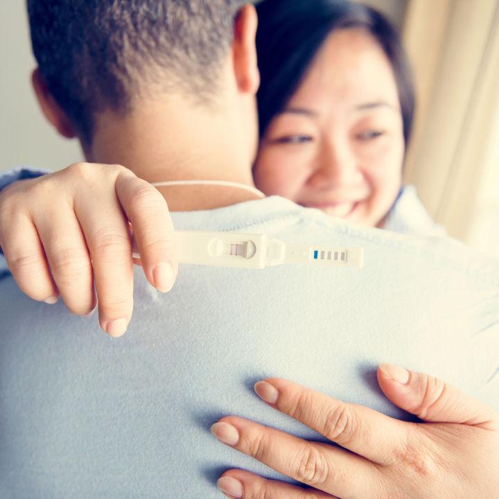妊娠の伝え方。旦那さんへのサプライズ方法は?夫や親、子どもへの伝え方と職場や友だちへの伝え方など