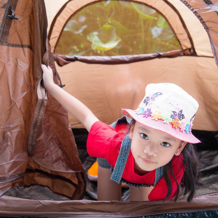 幼児とのキャンプはいつから?幼児におすすめのキャンプ遊び、便利アイテムや注意すること