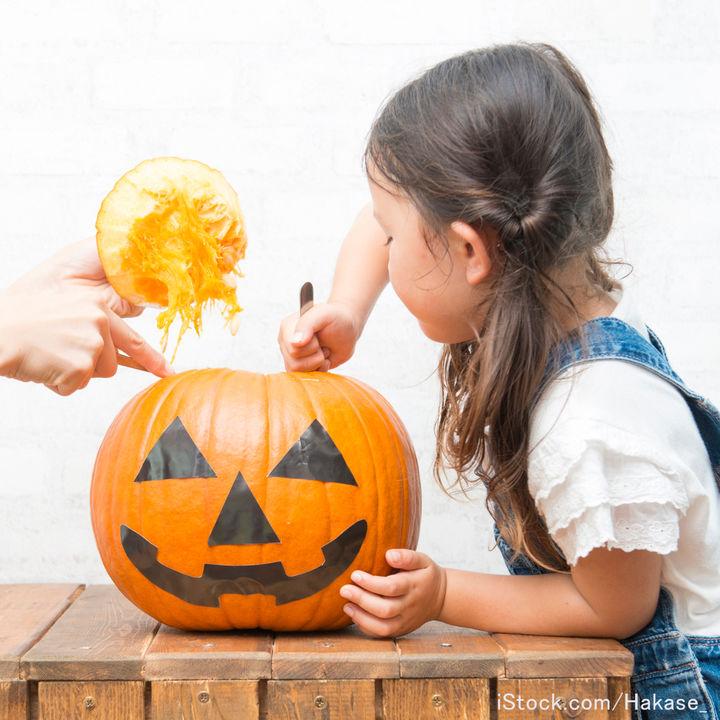 ハロウィンのランタンの作り方。工作やランタン用かぼちゃを使った手作り方法