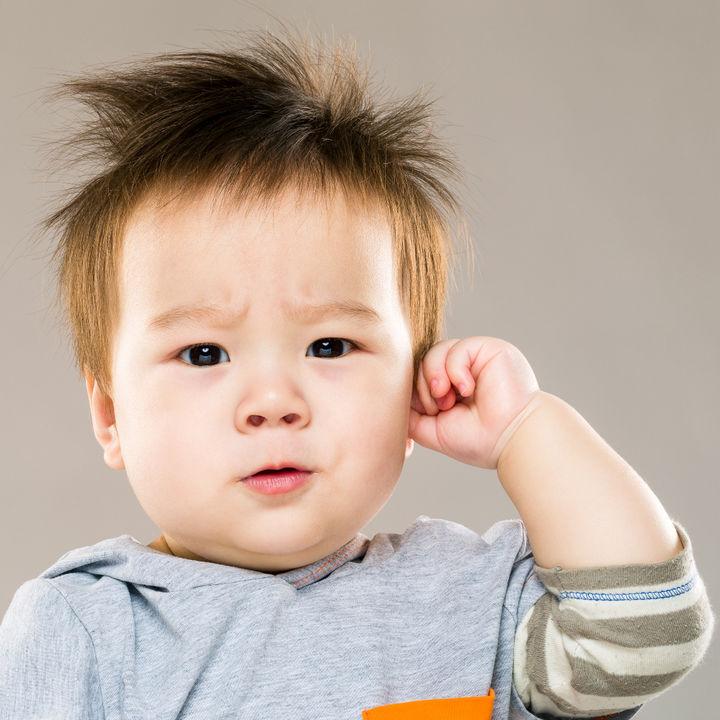 【耳鼻科医監修】中耳炎の症状や原因は?急性中耳炎の子どもの様子や治療について