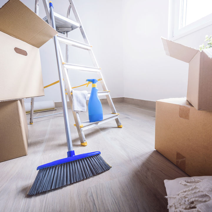 引越し先の新居の掃除は必要?役立つ道具や新築のお清め方法など