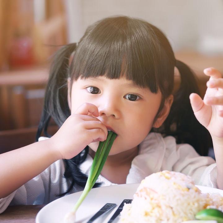 子どもが野菜を食べるためのアイデア。人気のメニューや苦手な野菜が食べやすい工夫