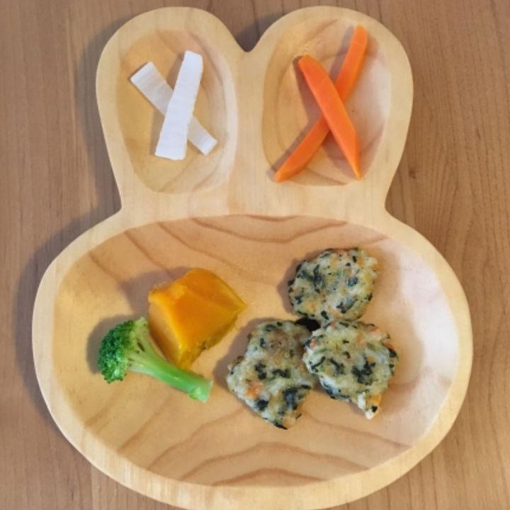 離乳食に手づかみ食べのおやきを作ろう。レシピや手づかみ食べをするときのコツ