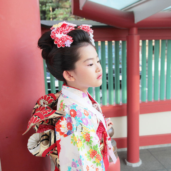 7歳の七五三の髪型。日本髪のやり方やボブやロングで簡単にできるヘアアレンジ
