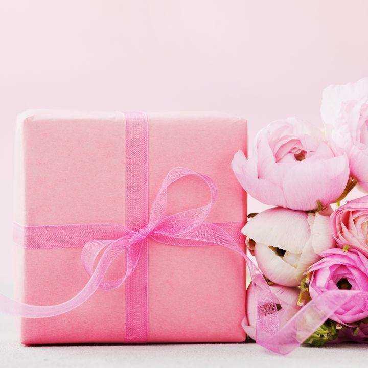 3年目の結婚記念日の過ごし方。花などのプレゼントや妻、夫に贈りたい英語メッセージ