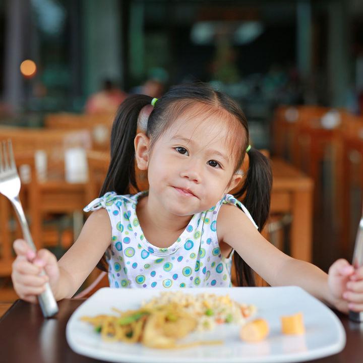 結婚記念日の子連れランチやディナー。お出かけしやすいレストラン選びやポイント