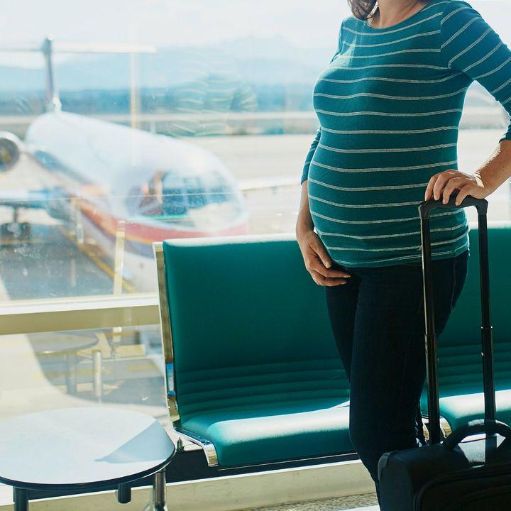 里帰り出産の期間はどのくらい?里帰りする期間の決め方や離れてすごす夫のこと