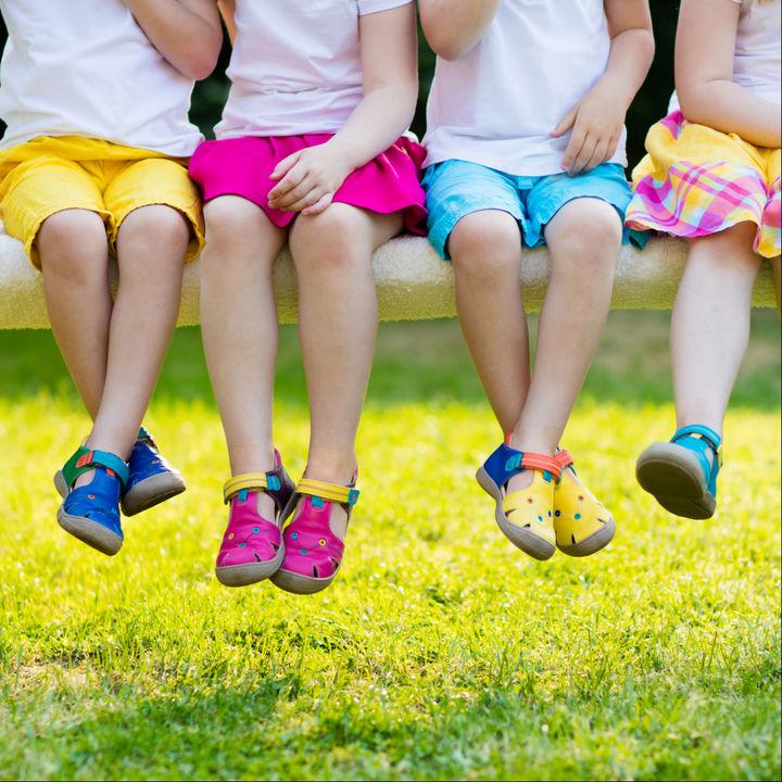子ども靴のサイズ選び。サイズ調整の仕方や年齢別の靴の選び方