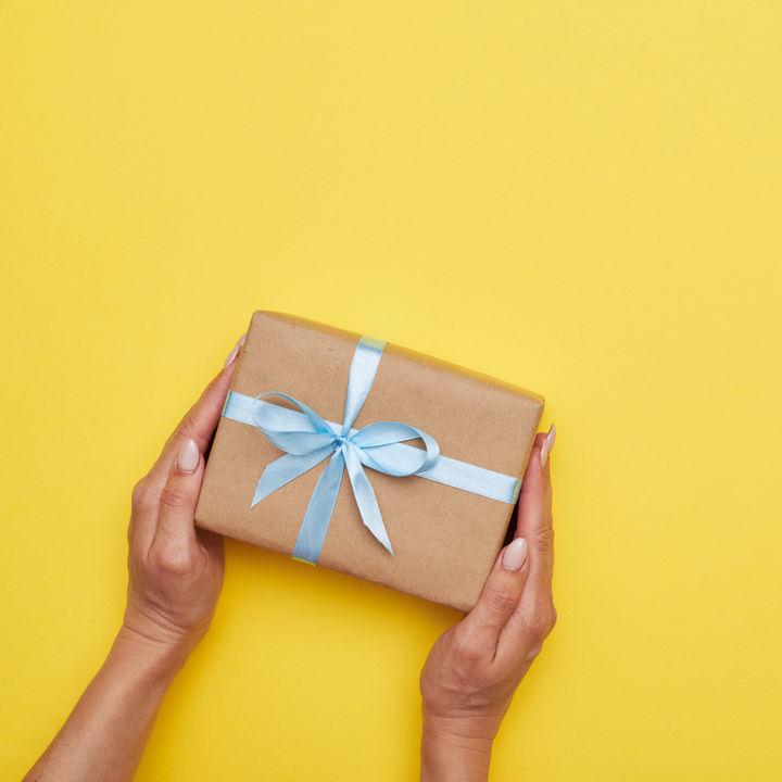 ママ友へのプレゼント。シーン別、値段別や手作りのプレゼントなど