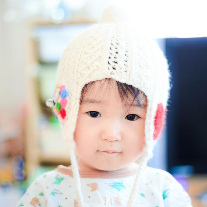 赤ちゃんの冬服やアウターの種類。シーン別の着せ方やファッションを楽しむコツ