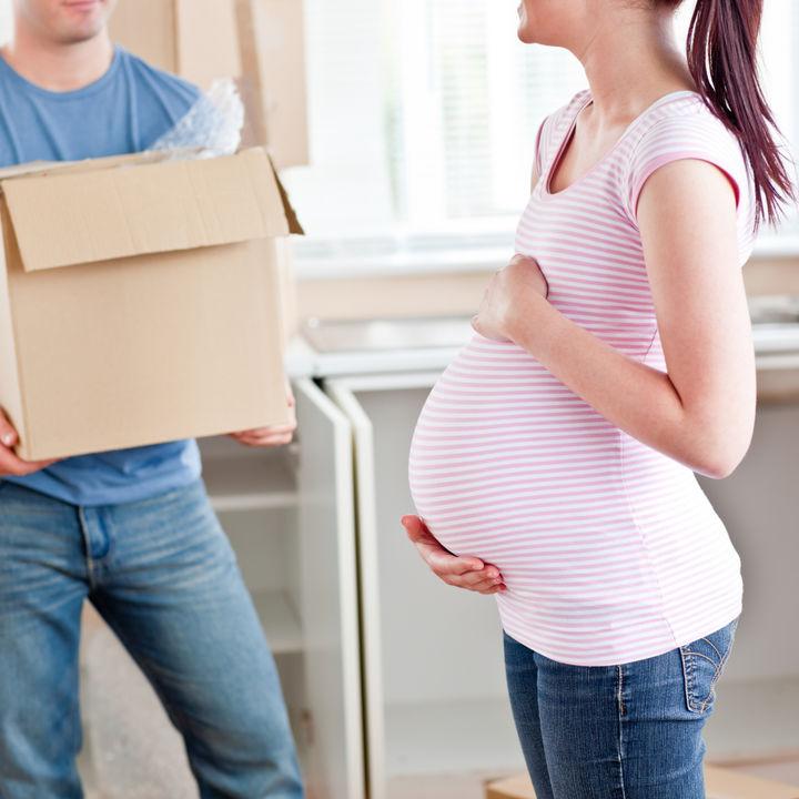 出産前後の引越しのタイミング。産前や産後の引越し理由や必要な手続き