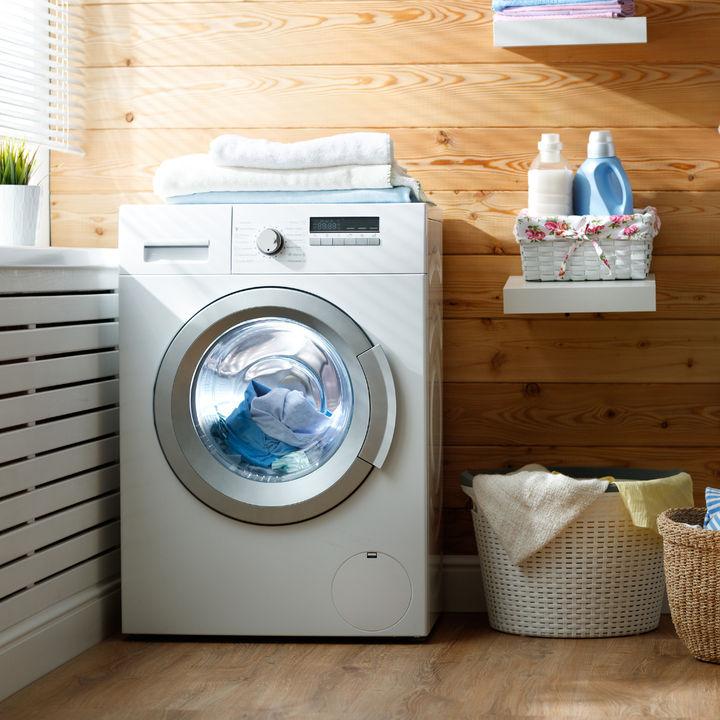 オムツを洗濯してしまったときの対処法。衣服や洗濯機の洗い方や失敗しないための工夫
