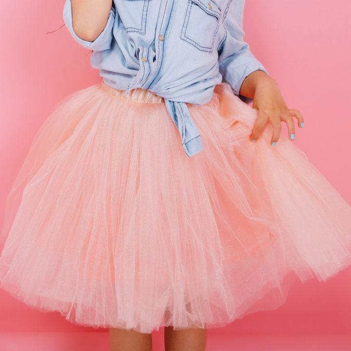 子ども服のスカートを選ぼう。ふわふわチュールやサーキュラーなどシーン別での選び方