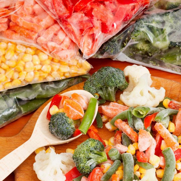 冷凍野菜を使った離乳食レシピ。アレンジの仕方や調理のポイント