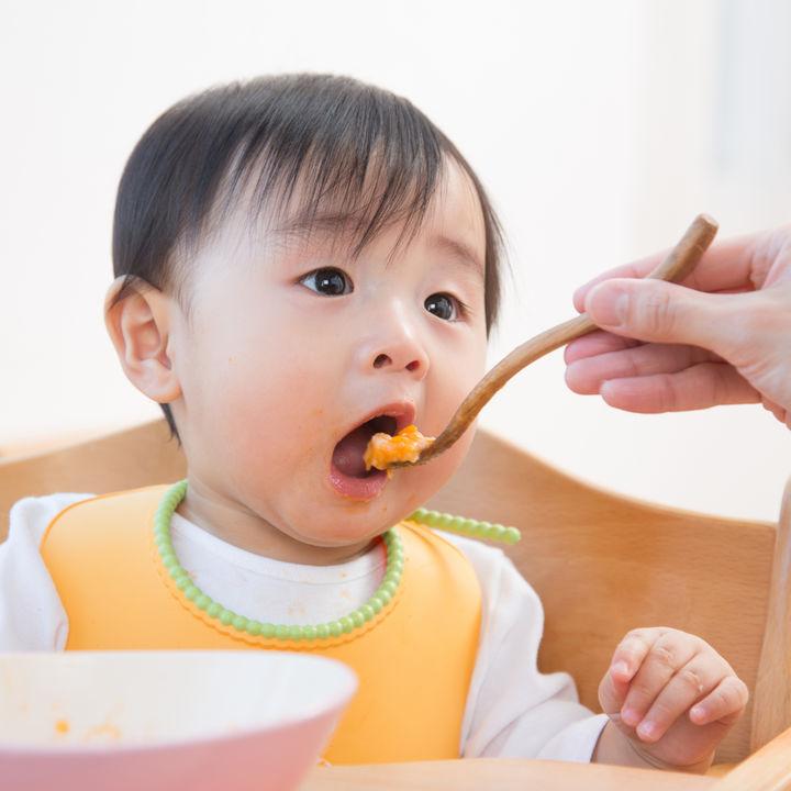 1歳半の子どものご飯の時間や量は?献立や味付けの工夫など