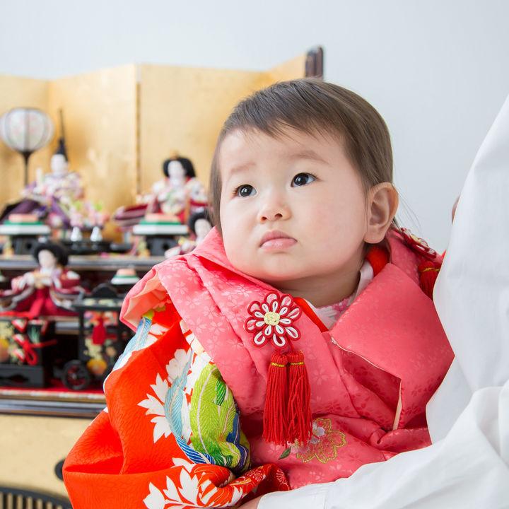 初節句の雛人形の用意の仕方。引き継ぐ場合や次女が生まれたとき