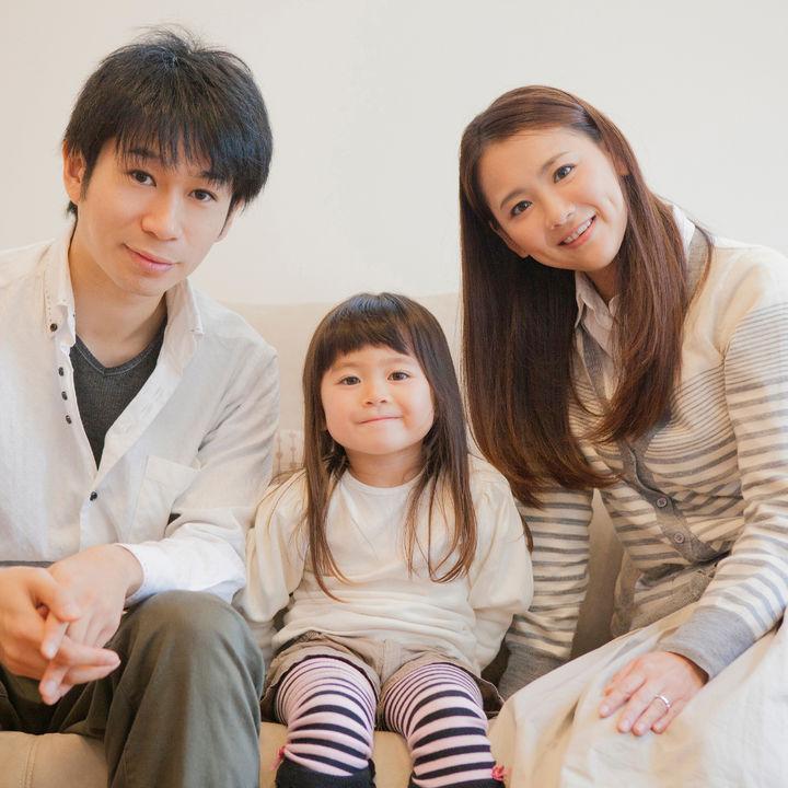 父親の子育てでの役割。子育ての悩みや夫婦で協力するための工夫など