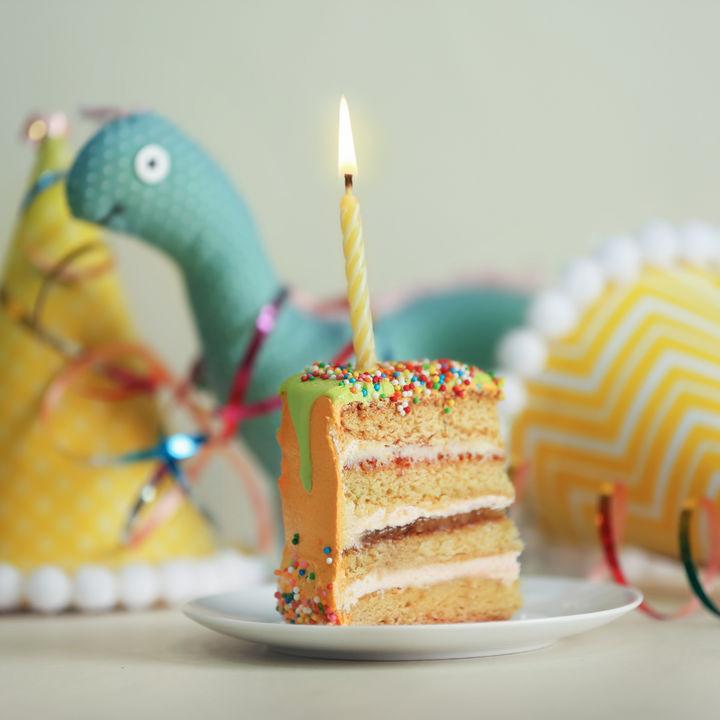 ハーフバースデーをお祝いするアイデア。プレゼントやケーキの準備