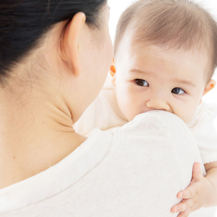 抱っこの癖が気になるとき。断乳や夜泣きのときの寝かしつけなど