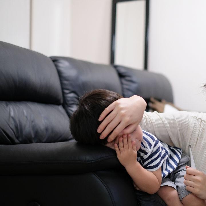 乳幼児に起きやすい熱性けいれんの原因と知っておきたい対応