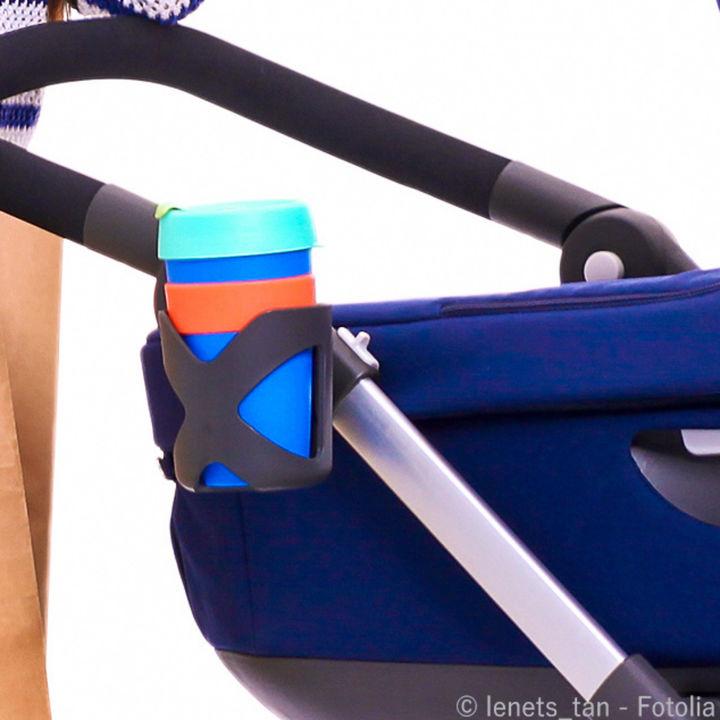 ベビーカーホルダーの選び方。傘やおもちゃ用など種類や使い方