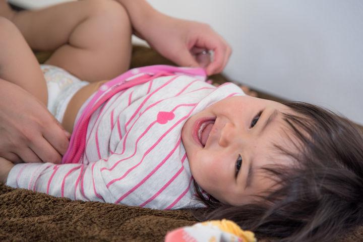 赤ちゃんのオムツ替え