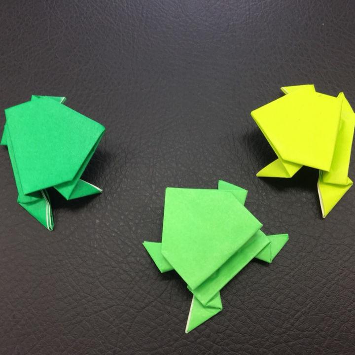 折り紙「カエル」の作り方。子どもも大人も簡単に楽しめる折り紙遊び