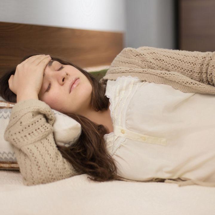 【産婦人科医監修】妊娠中は寝汗をかきやすい?寝汗の原因と対処法