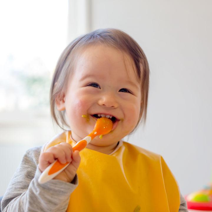2歳の子どもが使うスプーンの選び方。使えない、使わないときの工夫
