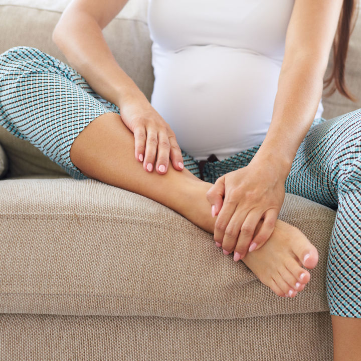 【産婦人科医監修】妊娠中のむくみの原因と解消法