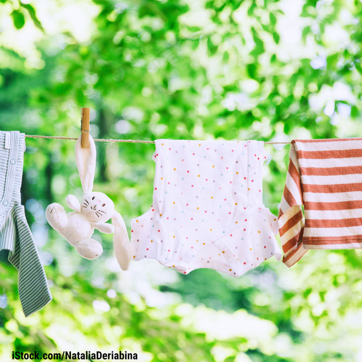 洗濯をする時間はいつ?干すときの工夫や子どもと楽しむ洗濯方法