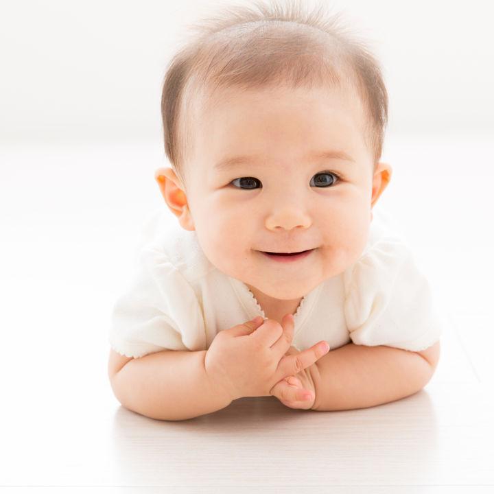 乳児期の赤ちゃんの寝返りはいつから?練習は必要?