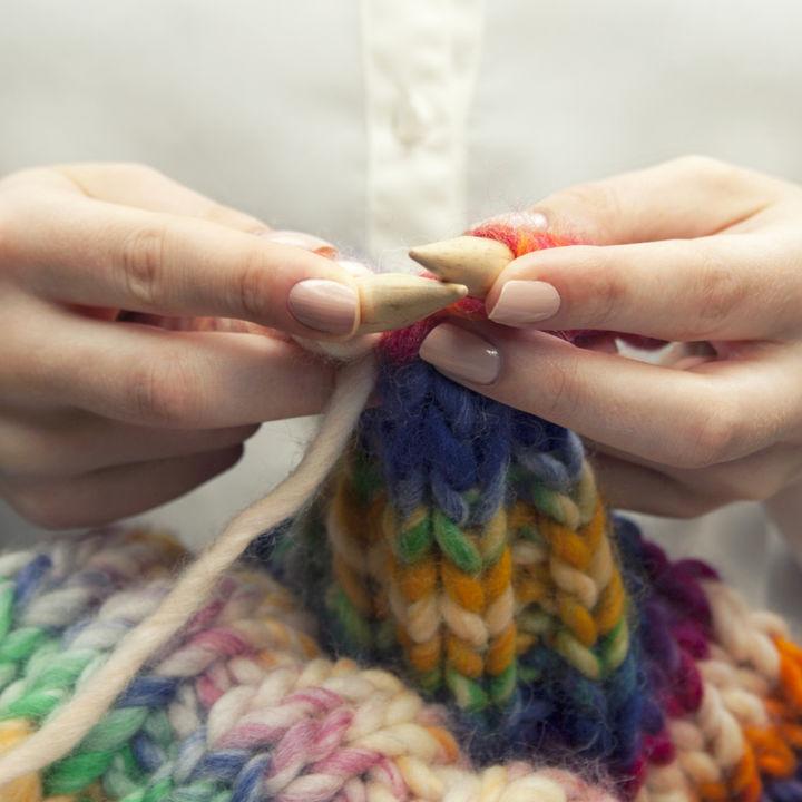 幼児のマフラーはどのようなタイプを選ぶ?手編みなどの手作りの仕方