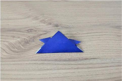 折り紙「兜」手順7